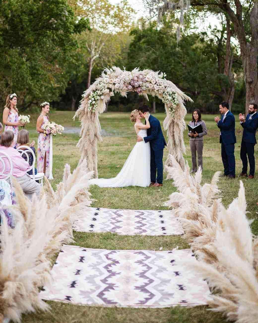 Kır Düğünü Seremoni Alanı Dekorasyonu