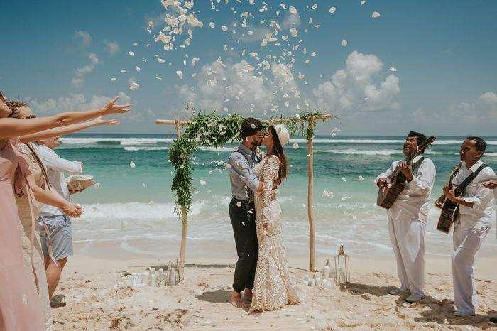 Sahil Düğünü Sade Bohem Dekorasyon