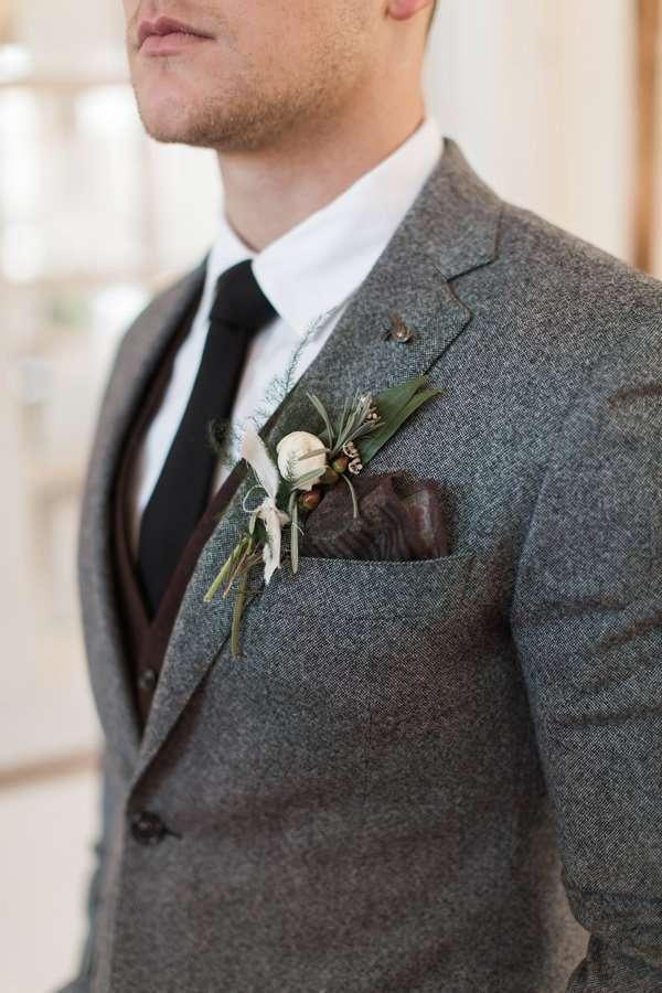 Siyah Kravat & Kahverengi Yelek Detaylı Gri Tüvit Takım Elbise Damatlık