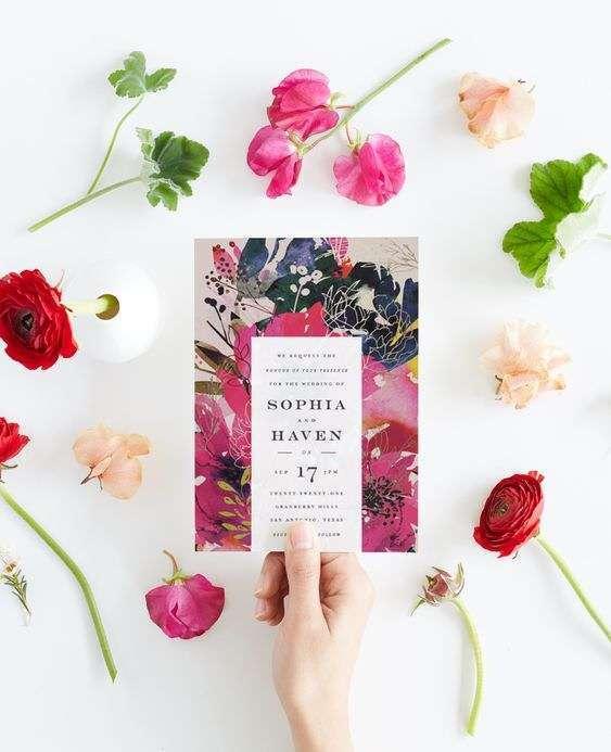 Canlı Renklerde Çiçek Desenli Davetiye