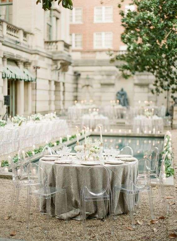 Klasik Tarzda Havuz Başı Düğün Dekorasyonu