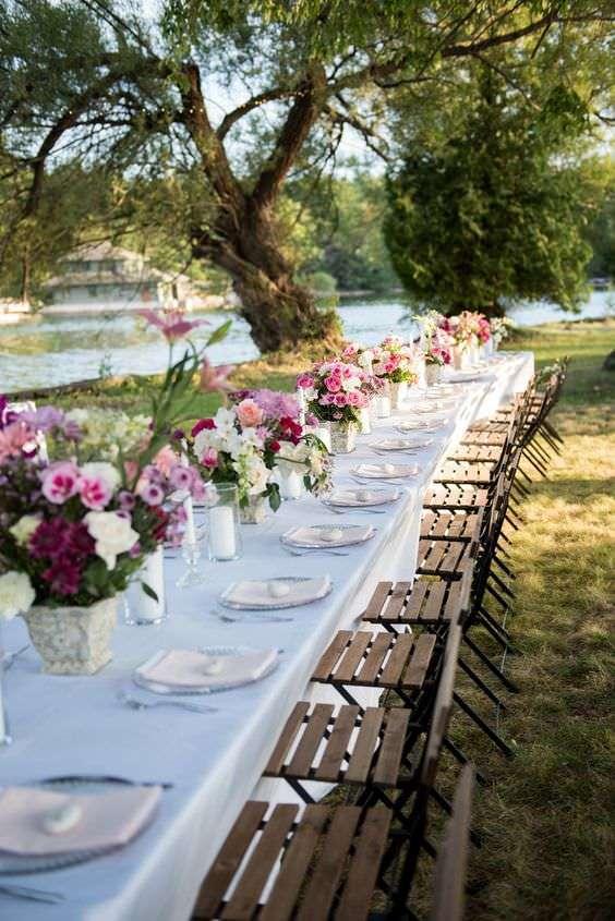 Beyaz & Pembe & Mor Tonlarda Romantik Kır Düğünü Dekorasyonu