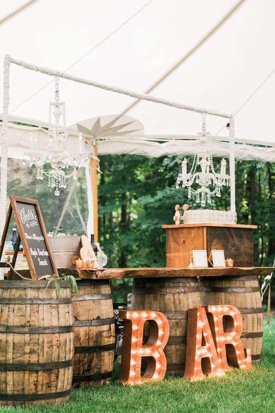 Rustik Temalı Kır Düğünü Bar Dekorasyonu