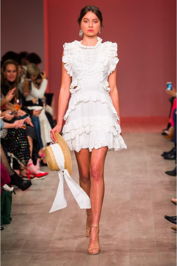 Thurley Fırfır Detaylı Beyaz Mini Elbise