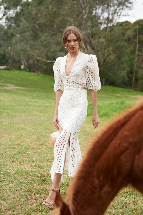 Thurley Hafif Balon Kollu & Yırtmaçlı Midi Kroşe Elbise