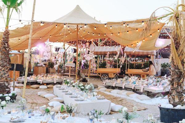 Aisha Weddings - Sahil Düğünü Dekorasyonu