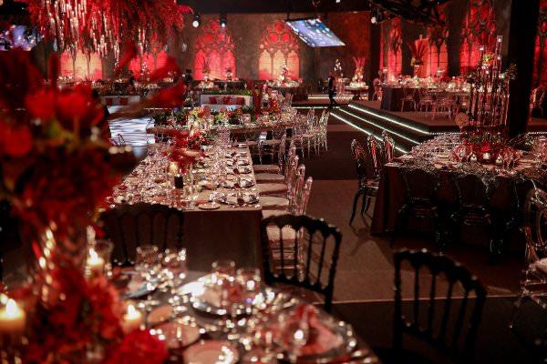Lavin Event - Kırmızı Ağırlıklı Düğün Dekorasyonu