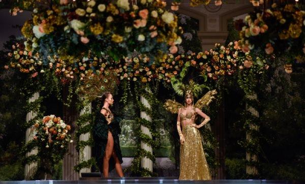 Mywedding - Güller ve Yaprak Ağırlıklı Dekorasyon
