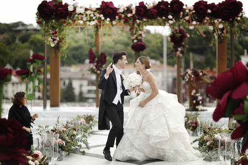 Mywedding - Bordo Gül Temalı Dekorasyon