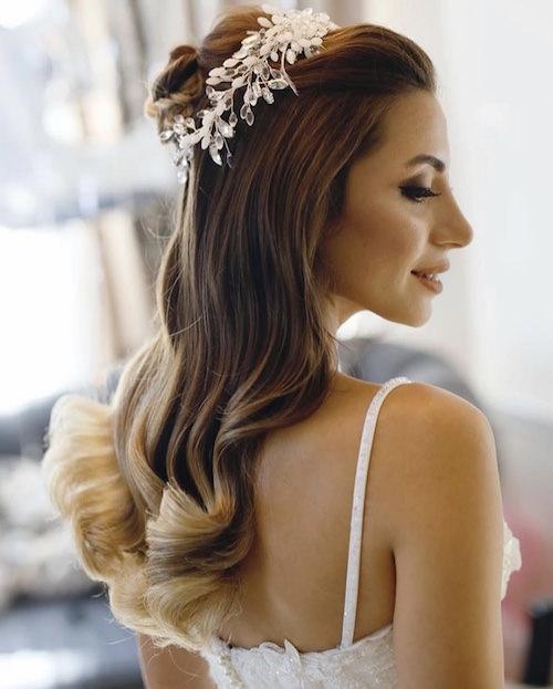 Vedat Kozgül Wedding - İri Dalgalı Açık Gelin Saçı