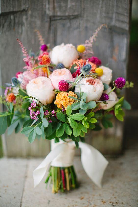 Yavru Ağzı Gül & Sarı Horoz İbiği Çiçeklerinden Gelin Buketi
