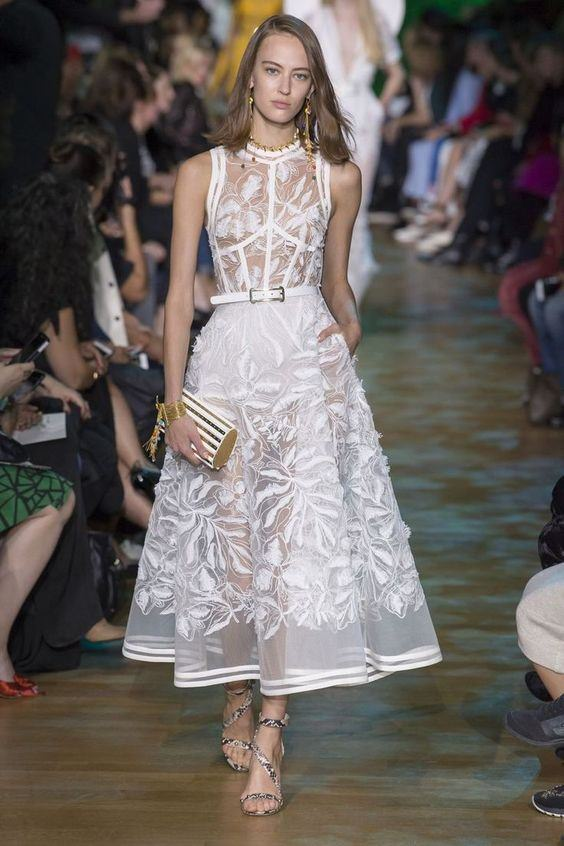 Elie Saab Transparan Detaylı Çan Etekli Elbise