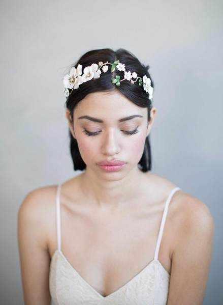Yarım Toplu Kısa Saç & Çiçek ve Yaprak Detaylı Twigs & Honey Saç Aksesuarı