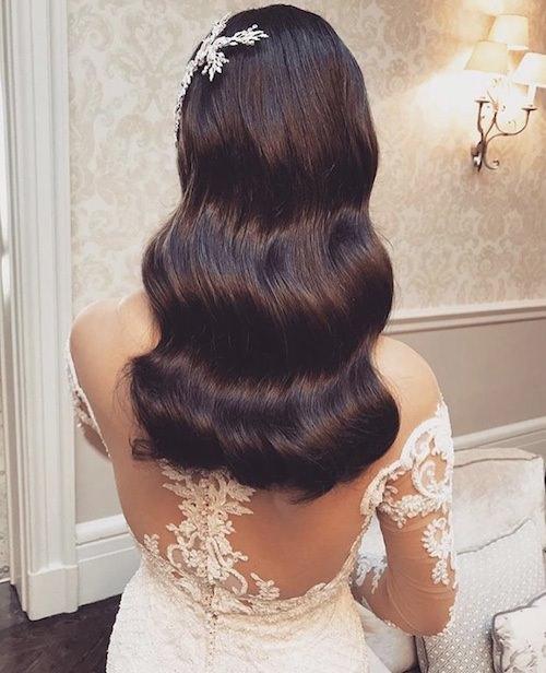 Vedat Kozgül İri Dalgalı Açık Saç Modeli