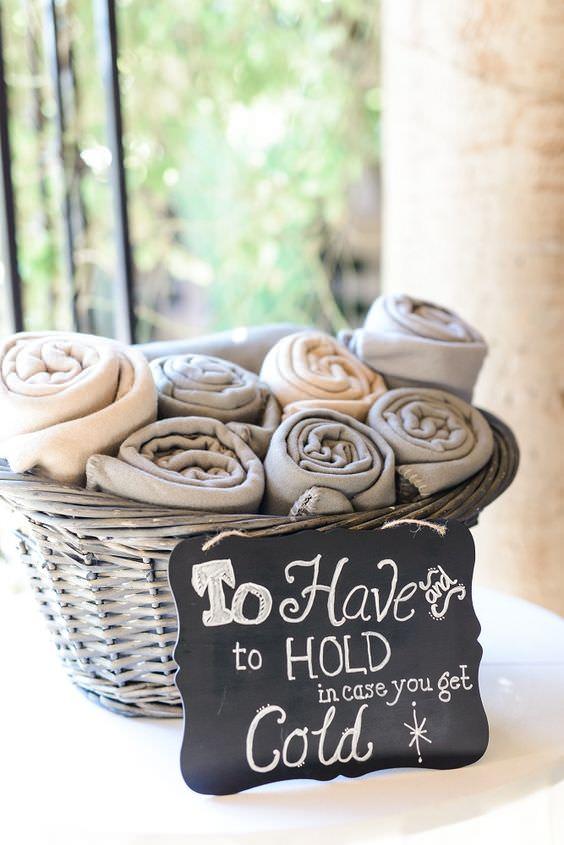 Gri & Bej Tonlarda Battaniye Düğün Hediyeliği