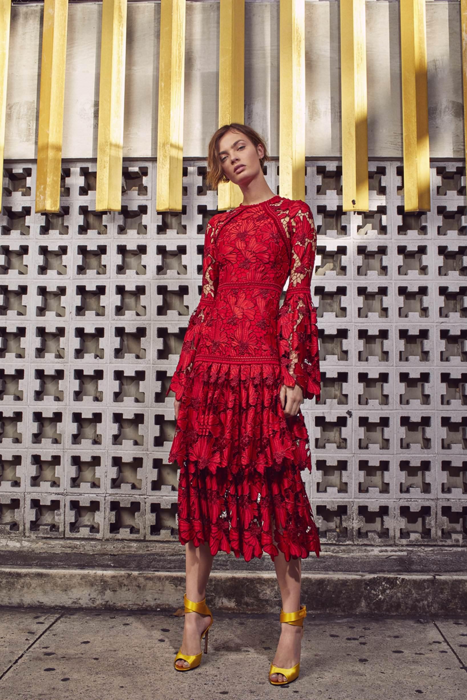 Alexis Çiçek Detaylı Uzun Kollu Kırmızı Midi Elbise
