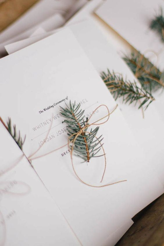 Çam Ağacı Yaprağı Detaylı Sade Düğün Davetiyesi