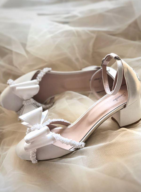 Sanemiko Fiyonklu & Kısa Topuklu Gelin Ayakkabısı