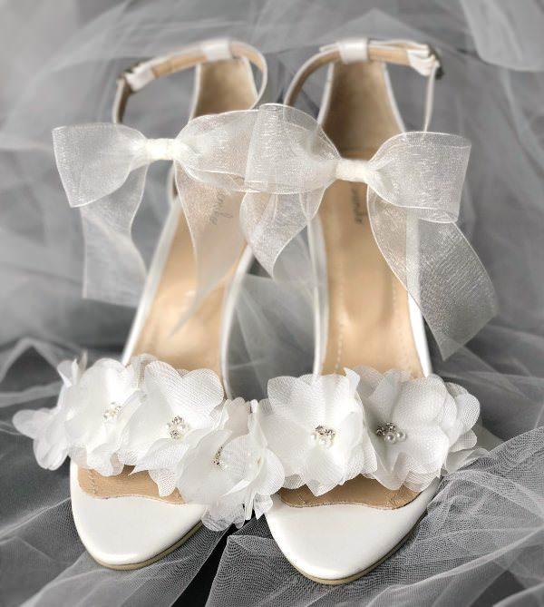 Sanemiko Tül Çiçek & Kurdele Detaylı Topuklu Sandalet Gelin Ayakkabısı