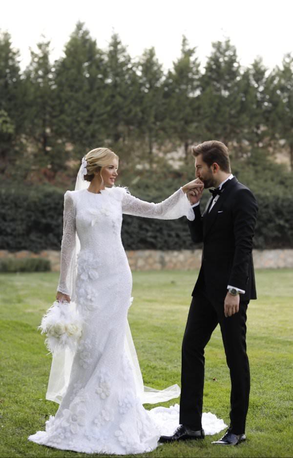 Nur Karaata ve Osman Uğurlu'nun Pre-Wedding'i ve Romantik Düğünü