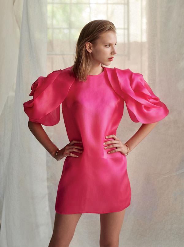 Costarellos Kolları Gül Formunda Saten Pembe Elbise