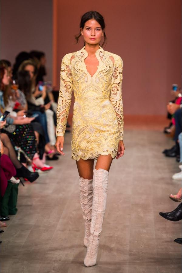 Thurley Uzun Kollu Mini Sarı Elbise