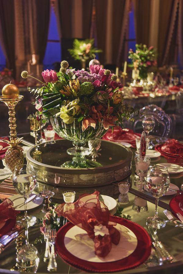 Armoni Davet - Kırmızı Ağırlıkta Masa Düzenlemesi