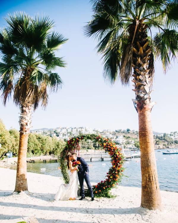 Nilyum Wedding & Event Design - Çiçek ve Yapraklardan Tak