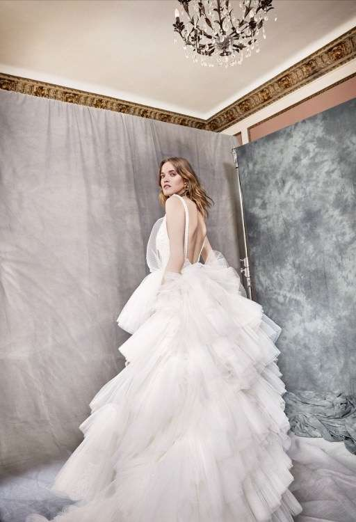 5eaa498a68957 YolanCris Önü Kısa & Katlı Etekli Tül Gelinlik   Bridolog - Düğün ...