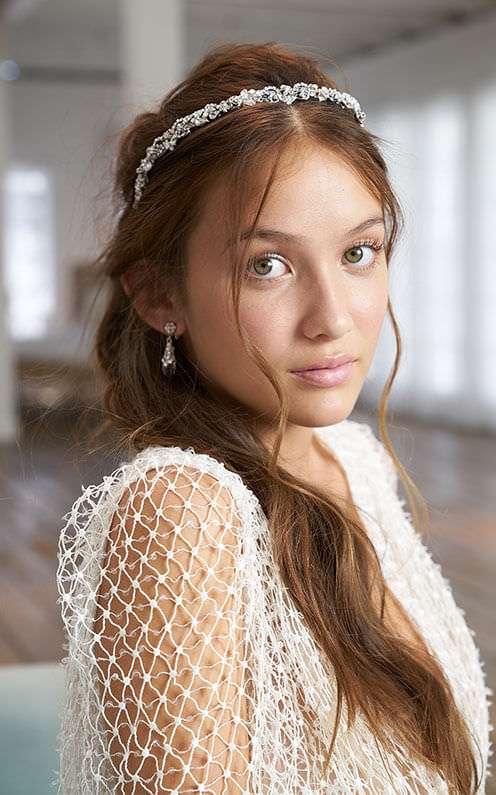 Maria Helena Headpieces Saç Aksesuarı ile Yarım Toplu Saç