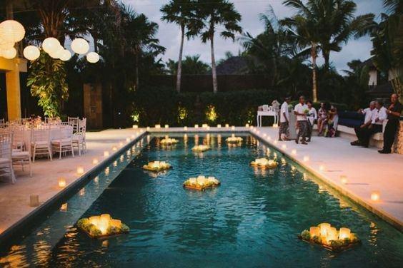 Havuz Başı Düğün Işıklı Havuz Süslemesi
